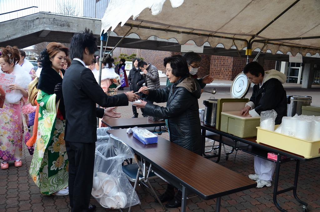 http://www.hakodate20.com/image/120109seijinsai_6_1.jpg